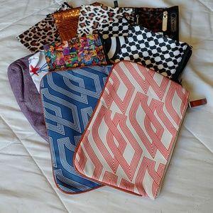 Handbags - 12 various makeup bags